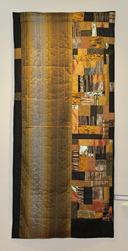 Ausstellung 'Colour Symphony' Arbeit von Aina Muze