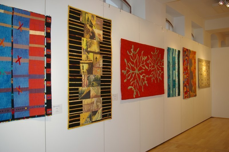 Ausstellung 'Tradition bis Moderne X' im Textil- und Rennsport Museum Foto: Marina Palm