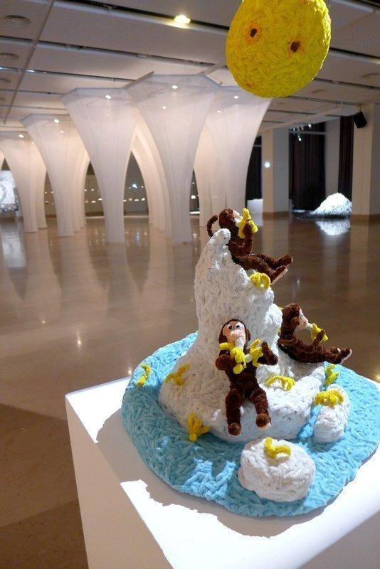 Don Porcella: Going Bananas Blick in das 'Carré des galeries'