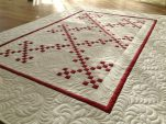 BERNINA-Mitmachaktion 2016: Red and White Quilts: irish Chain-Muster