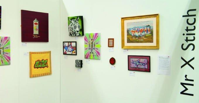'Mr X Stitch' bringt den Besuchern von 'Inspiration Station' den Kreuzstich näher Foto: Website Knitting & Stitching Show