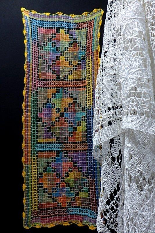 Blick in die Ausstellung 'Regard sur le Brésil', Detail Kuratiert von Chica Boyriven (Brasilien/Frankreich) l'aiguille en fête 2016