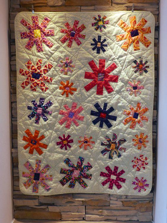 "Quiltmanufaktur / Andrea Kollath ""Wonky Flowers"""