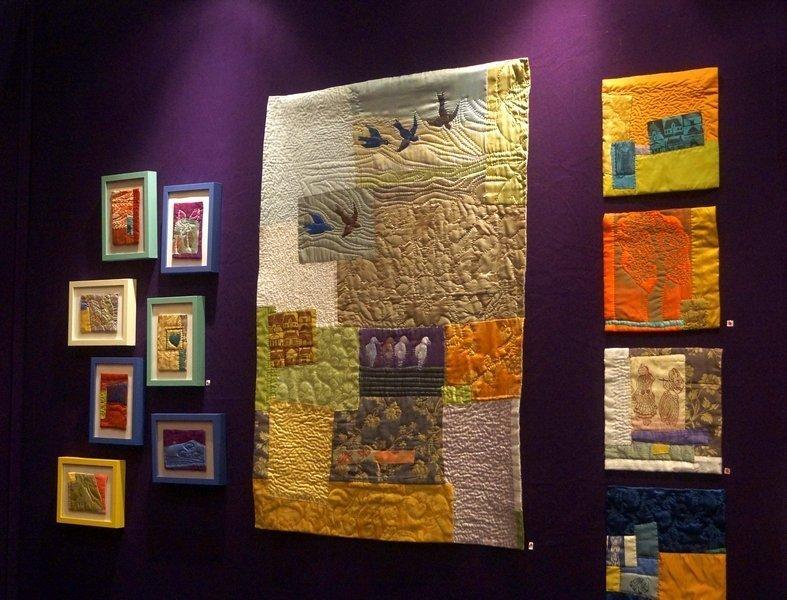Blick in die Ausstellung 'Palettes Textiles' Jeanne Chausson (Frankreich) l'aiguille en fête 2016