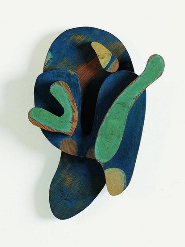 Hans Arp, Verwandlung des Reliefs »Kopf mit grüner Nase von 1923« 1964, Arp Museum Bahnhof Rolandseck, VG Bild-Kunst, Bonn 2016 Fotos: Wolfgang Morell, Mick Vincenz