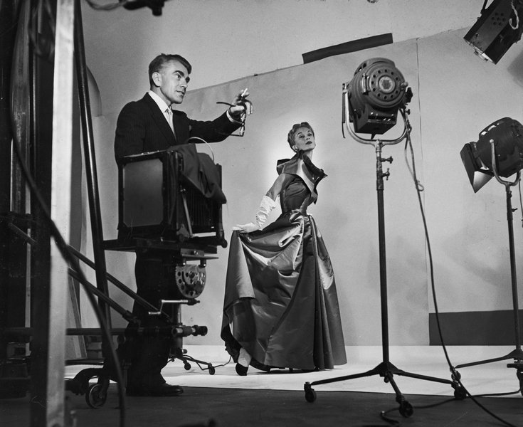 Horst directing fashion shoot with Lisa Fonssagrives, 1949 Photo by Roy Stevens /Time & Life Pictures / Getty Images