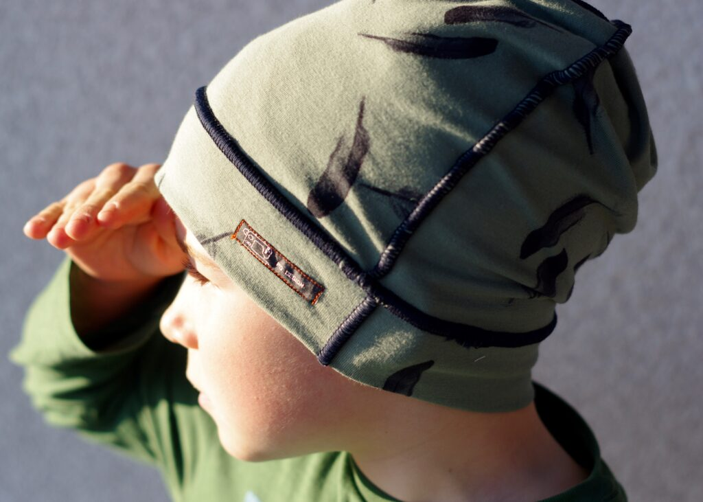Kind 2 mit Mütze