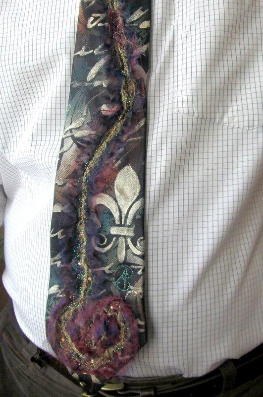 Krawatte von Anke Pradel für Wolfgang Eibisch Foto: Ute Eibisch