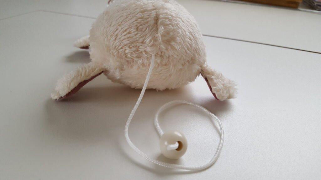 Die Kordel der Speiluhr ist der Schwanz von Ratti Robert