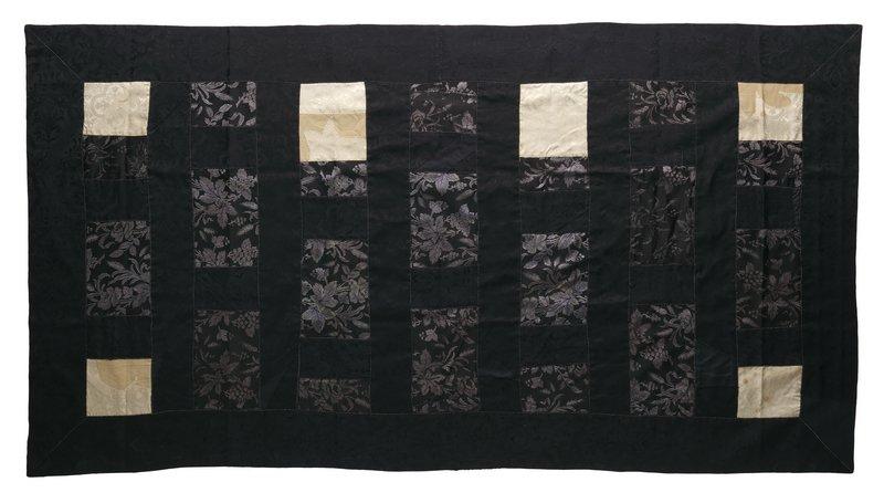 Beispiel zum Workshop 'kesa' von Walter Bruno Brix Foto freundlicherweise vom Textilmuseum St. Gallen zur Verfügung gestellt