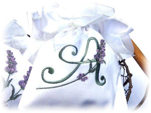 Stickbaer-Lavendelsaeckchen-Ursel-3