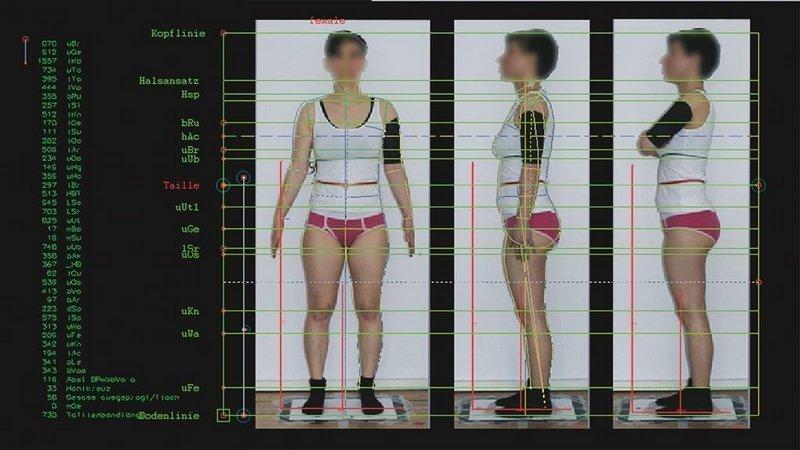 nichtichx2, Still aus der Installation Oberflächengeflüster, 2016 (bodymassscanner.pdf) Foto freundlicherweise vom Museum zur Verfügung gestellt
