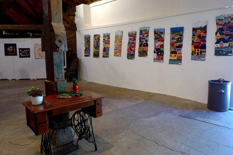 Blick in die Ausstellung der Gruppe 'Cotton House Quilter' 7. Quiltfestival Luxembourg