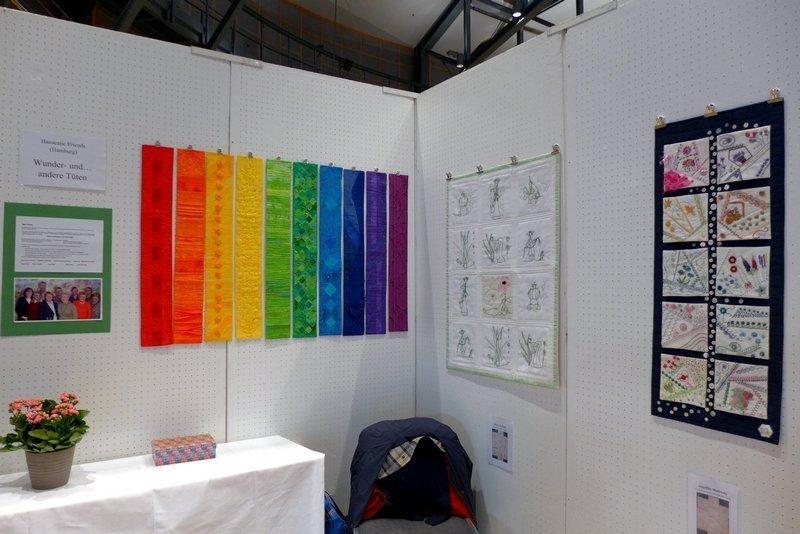 Ausstellung 'Wunder- und andere Tüten' der Gruppe Hanseatic Friends Patchworktage 2016 in Celle