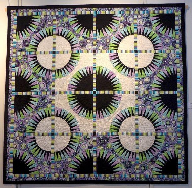 Jacqueline de Jonge: Black Beauty 7. Quiltfestival Luxembourg
