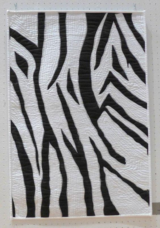 Lone Jensen: Zebra Ausstellung 'Streifen - frei interpretiert' der Quilterinnung aus Nordseeland, Dänemark Patchworktage 2016 in Celle