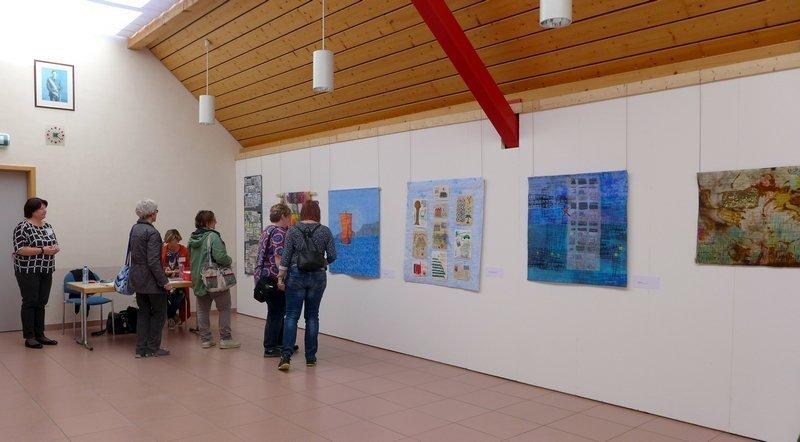 Blick in die Ausstellung der 'Sting Art Quilt Group' 7. Quiltfestival Luxembourg