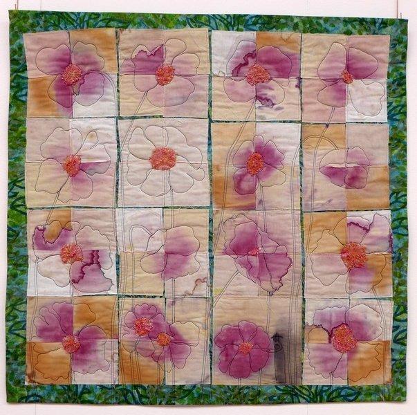 Inger-Ann Olsen: Les coquelicots Ausstellung von Sting Art Quilt Group 7. Quiltfestival Luxembourg