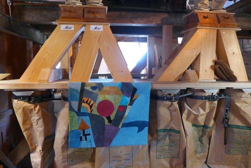 Arbeit von Brigitte Witte Ausstellung der Gruppe 'Grenze(n)loos' 7. Quiltfestival Luxembourg