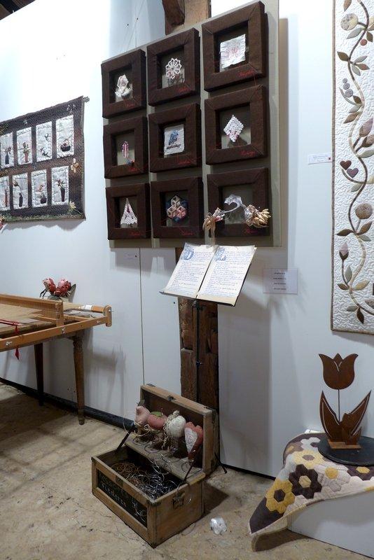 Blick in die Ausstellung der Gruppe 'Stoffwiessel' 7. Quiltfestival Luxembourg
