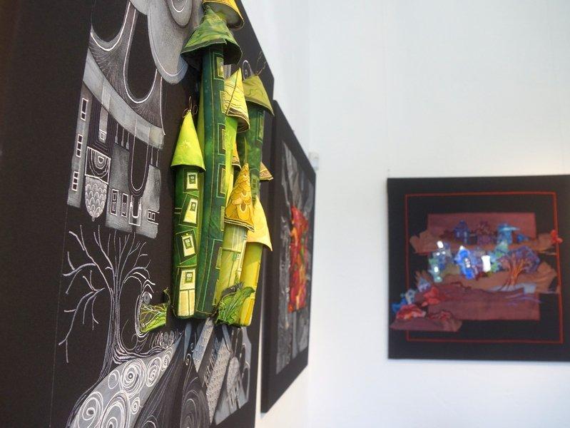 Blick in die Ausstellung von Olivia Uffer 7. Quiltfestival Luxembourg