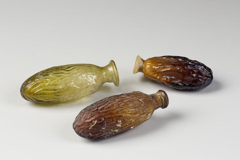 Dattelfläschchen für kostbare Essenzen. 1./2. Jahrhundert n. Chr. Römisch-Germanisches Museum Köln. © Römisch-Germanisches Museum/Rheinisches Bildarchiv Köln, Anja Wegner