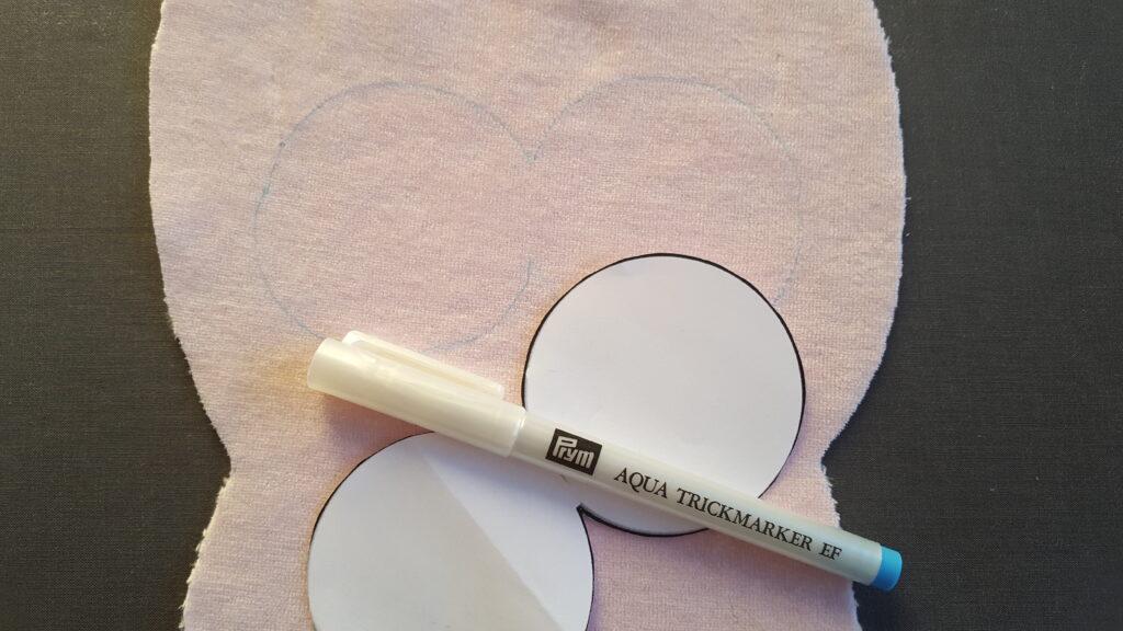 Augenumrandung mit Trick Marker einzeichnen