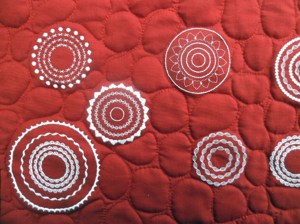 BERNINA-Mitmachaktion 2016: Wettbewerb Red and White Quilts