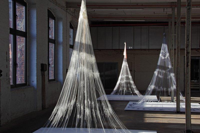 'Berliner Familie' nennt die japanische Künstlerin Kaoru Hirano diese Dreiergruppe Foto: LWL/Holtappels Foto freundlicherweise vom Museum zur Verfügung gestellt