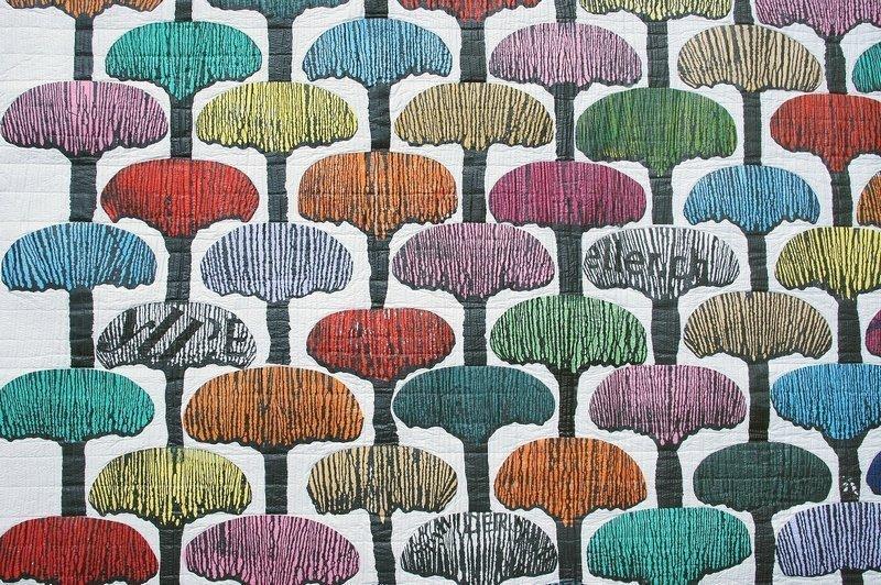 Rita Merten: Olive Grove in Ampolla, Detail Foto freundlicherweise von art textil sent / Beatrice Lanter zur Verfügung gestellt.