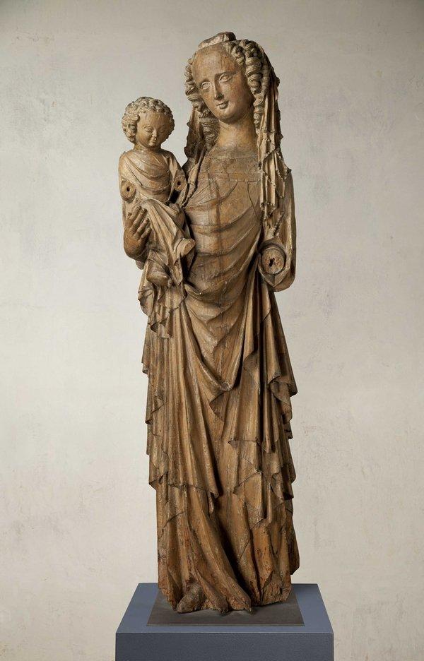 Madonna aus der Kirche Unserer Lieben Frau in Michle bei Prag, um 1330 Foto freundlicherweise vom Germanischen Nationalmuseum Nürnberg zur Verfügung gestellt.