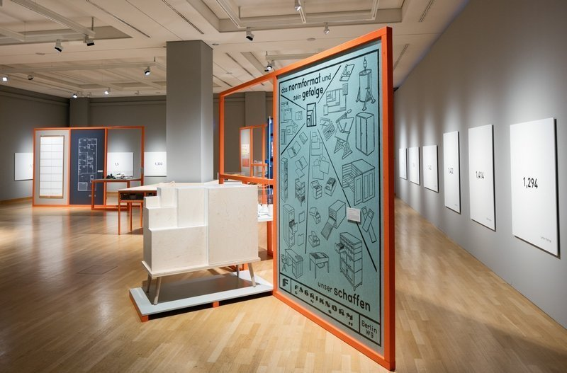 Vielfalt der Raster und Normen - Ausstellungsansicht © Museum für Kommunikation Berlin, Foto: Kay Herschelmann Foto freundlicherweise vom Museum zur Verfügung gestellt