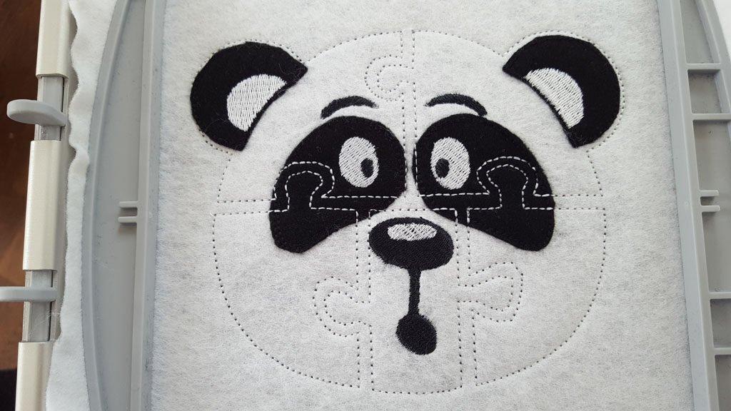 Das fast fertige Panda-Puzzle.