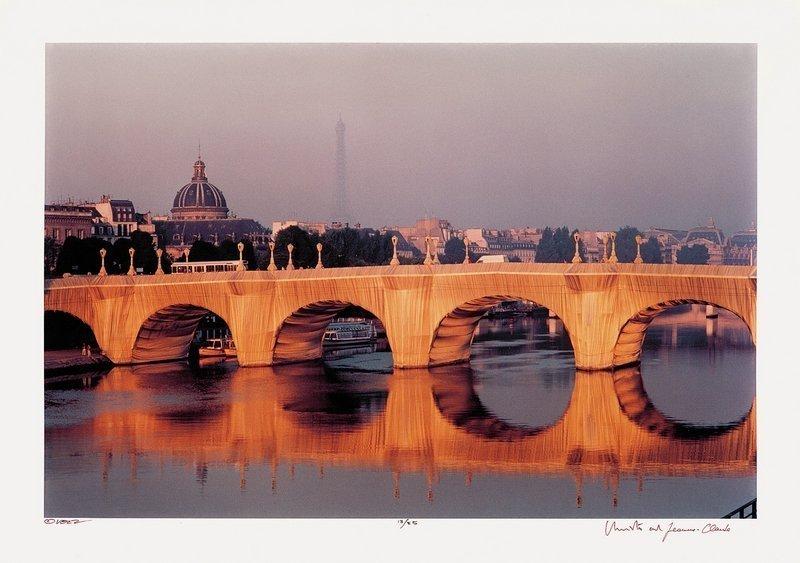 Verhüllter Pont-Neuf, 1995, Foto W. Volz, signiert, © CHRISTO Foto freundlicherweise von der kunsthalle messmer zur Verfügung gestellt