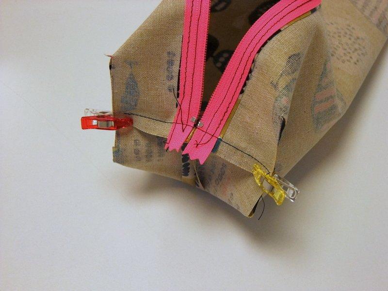 Kostenloses Schnittmuster für eine Tasche aus Wachstuch