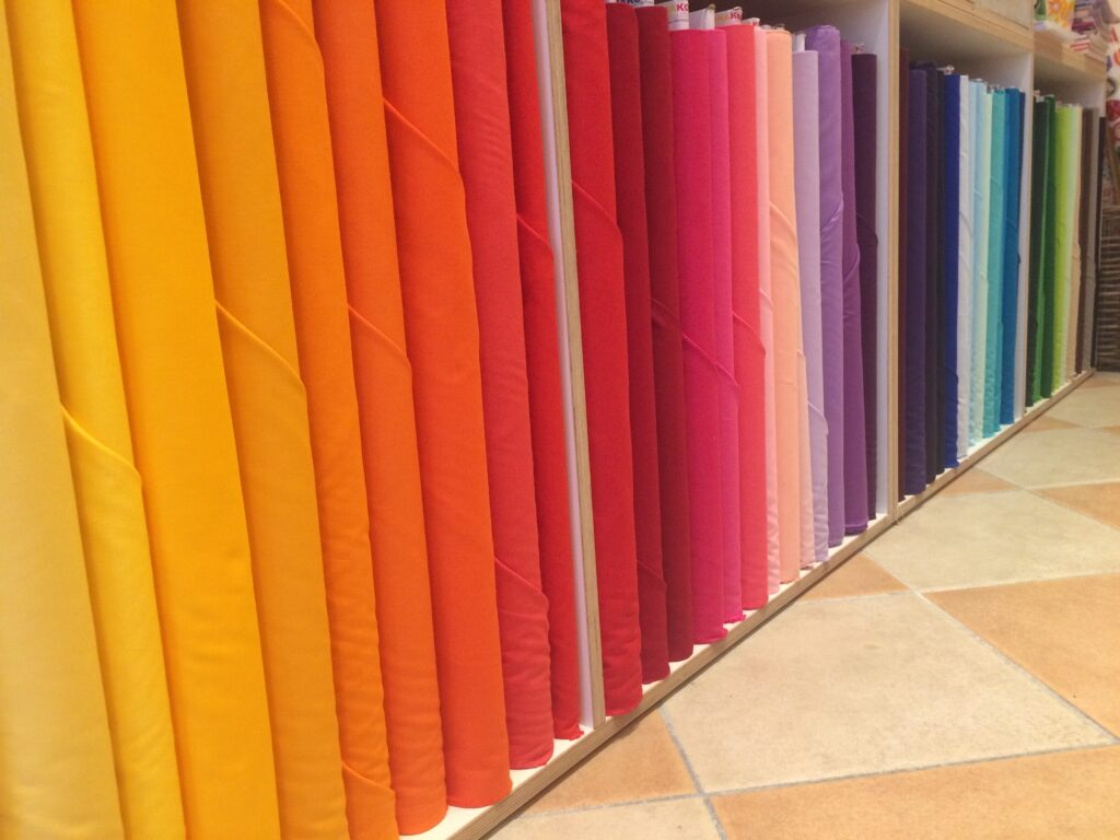Quiltmanufaktur - Robert Kaufman Fabrics -Kona Cotton