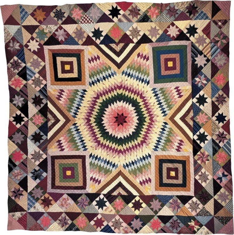 "Star of Bethlehem Quilt Artist unidentified Location: Possibly Sullivan County, New York, United States, Date: 1880–1900, Materials: Silk, Dimensions: 94 1/4 × 99"" Credit: Museum purchase made possible with funds from The Great American Quilt Festival 2 Accession Number: 1990.15.1 Photo credit: Gavin Ashworth Foto freundlicherweise vom American Folk Art Museum zur Verfügung gestellt"
