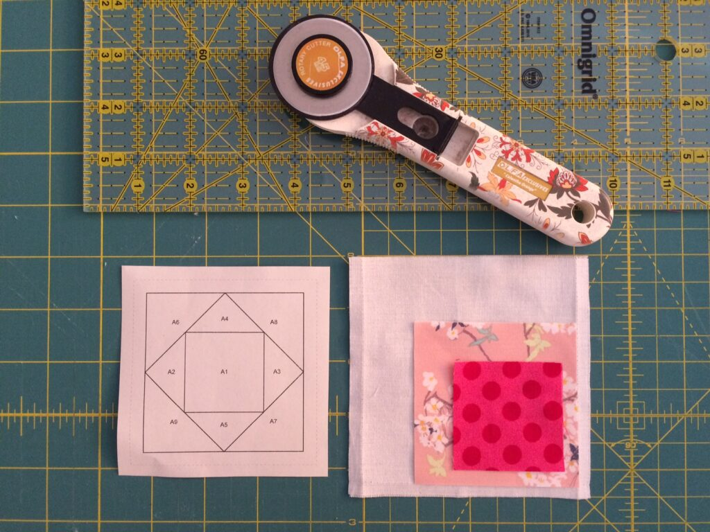 BERNINA Medaillon QAL - Square in a Square (3)