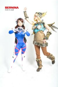 Mercy Walküre (Sternentee Cosplay) & D.Va (Krissi-chan) - Overwatch