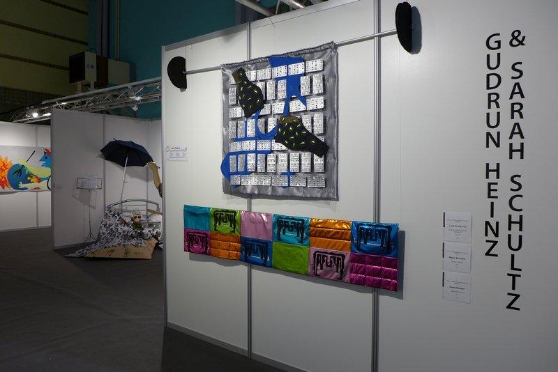 Blick in die Ausstellung 'MÄNNER' von Gudrun Heinz und Sarah Schultz Foto: Gudrun Heinz, Ausstellung beim Europ. Patchwork Meeting, Ste Marie-aux-Mines (F), 2016