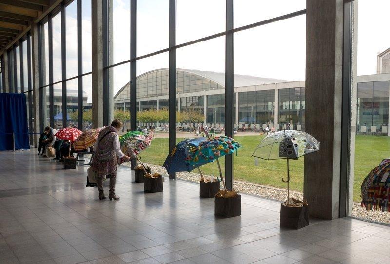 Patchworkgruppe Karlsruhe: Ausstellung 'Der Regenschirm' NADELWELT 2017