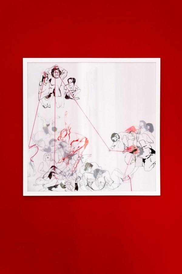 Andrea Hild: Puppets II, 2017 Tusche mit Faden auf transparentem Papier, Nadel 60 x 60 cm Foto: Fürcho GmbH, freundlicherweise von der Galerie zur Verfügung gestellt