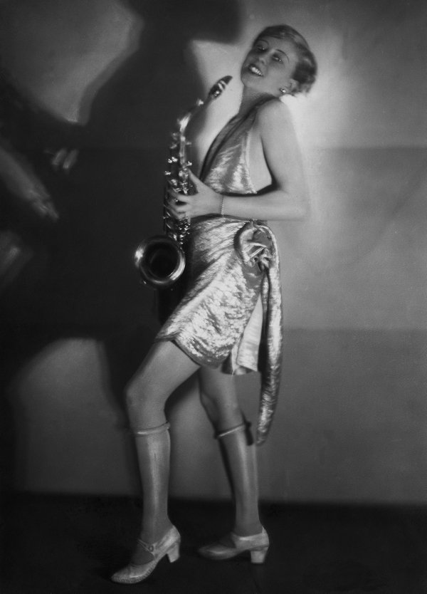 Yva, Die Schauspielerin Hertha Schroeter auf einem Kostümfest, 1928 © ullstein bild Foto freundlicherweise vom Museum zur Verfügung gestellt