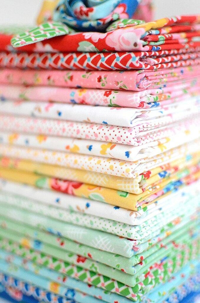 BERNINA Medaillon Quilt Along - Verlosung - Riley Blake - Arbor Blossom - Nadra Ridgeway