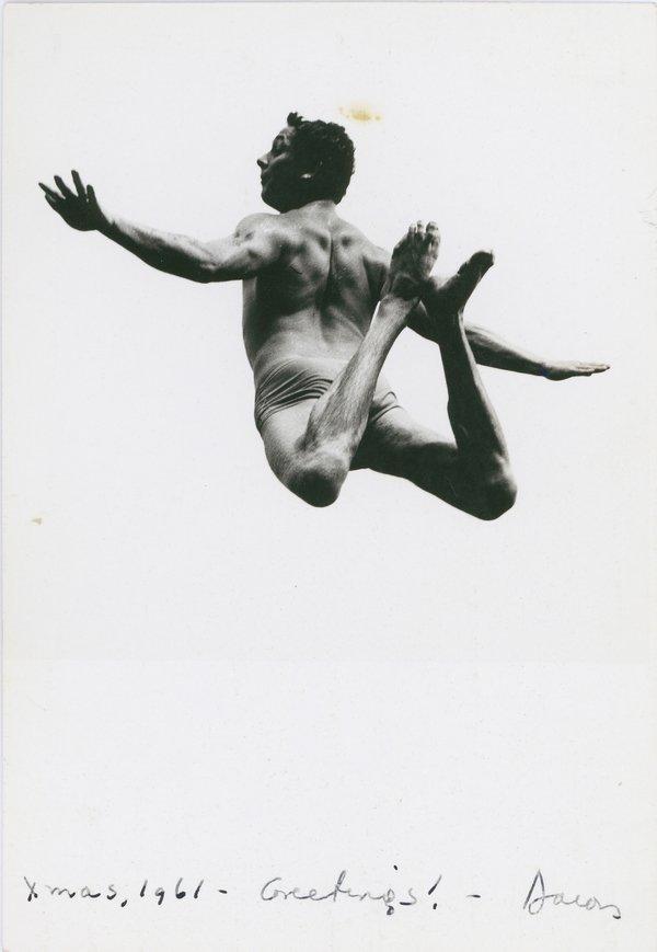 Aaron Siskind: Pleasures and Terrors of Levitation, 1961 Bauhaus-Archiv Berlin © Aaron Siskind Foundation Foto freundlicherweise vom Museum zur Verfügung gestellt