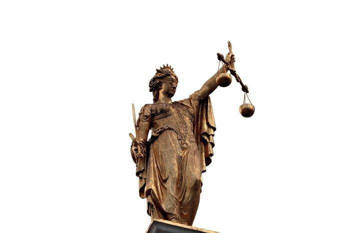 justitia-2638601_1920