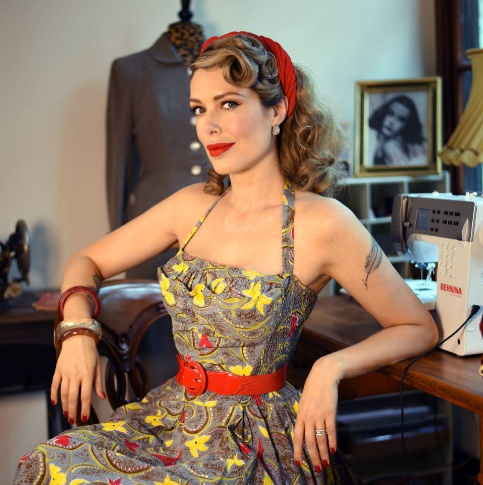 tara-moss-vintage-sewing