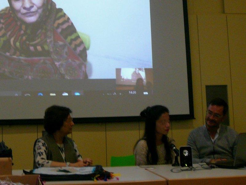 Skype-Verbindung zu Shahida, einer Hinterbliebenen in Karachi Foto: U. Brenner