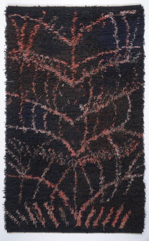 Kaisa Melanton: Flammender Busch 1960, 212 x 137,5 cm, Landesmuseum für Kunst und Kulturgeschichte Oldenburg Foto: © Sven Adelaide, freundlicherweise vom Museum zur Verfügung gestellt