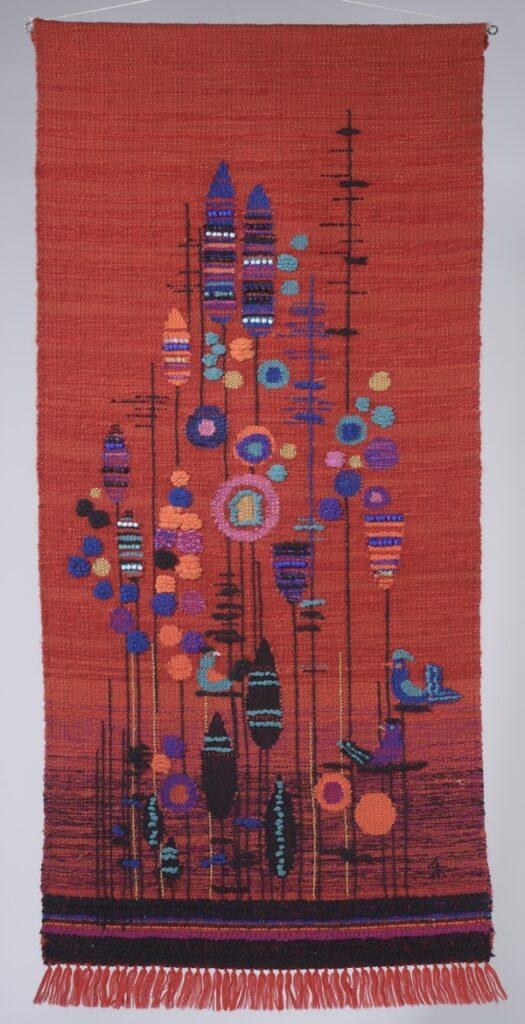 Sybille Hablik: Blumenteppich 1962, 140 x 75 cm, Landesmuseum für Kunst und Kulturgeschichte Oldenburg Foto: © Sven Adelaide, freundlicherweise vom Museum zur Verfügung gestellt